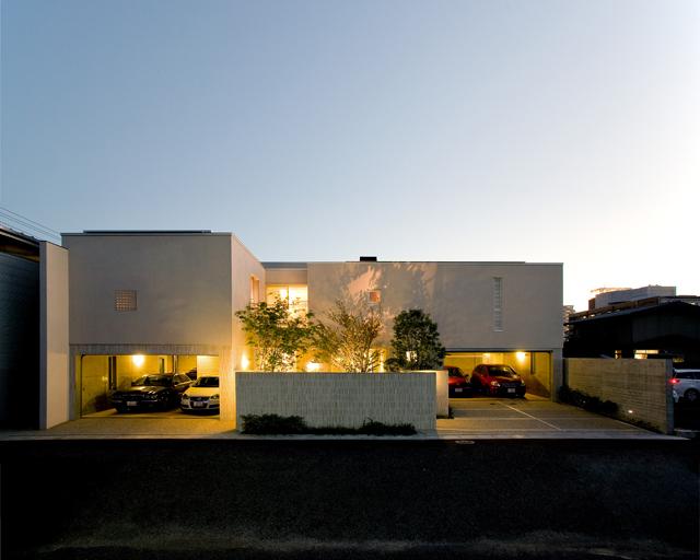 鉄筋コンクリート造 2階建て 2世帯住宅